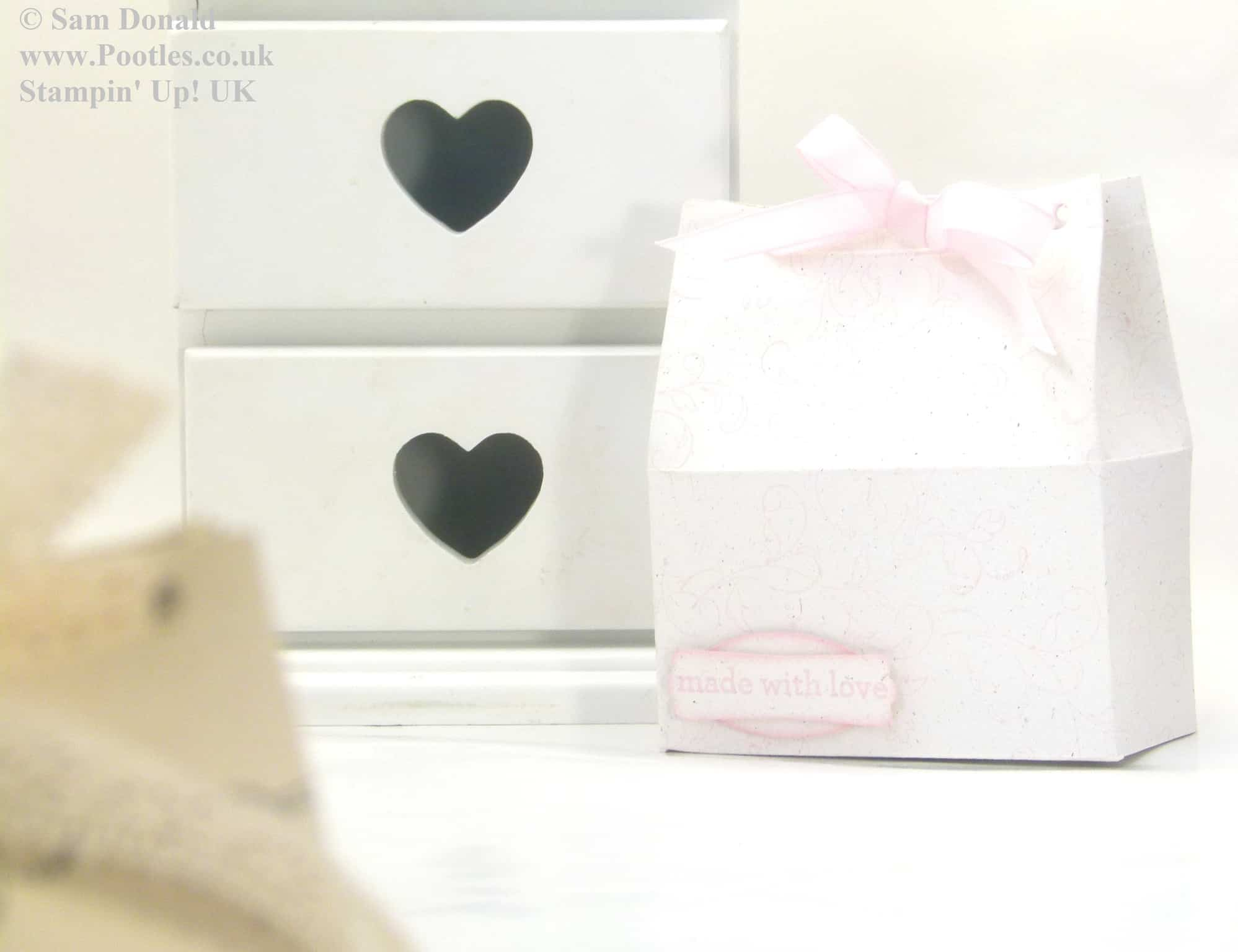 Wide tub gift box tutorial video for Wide tub