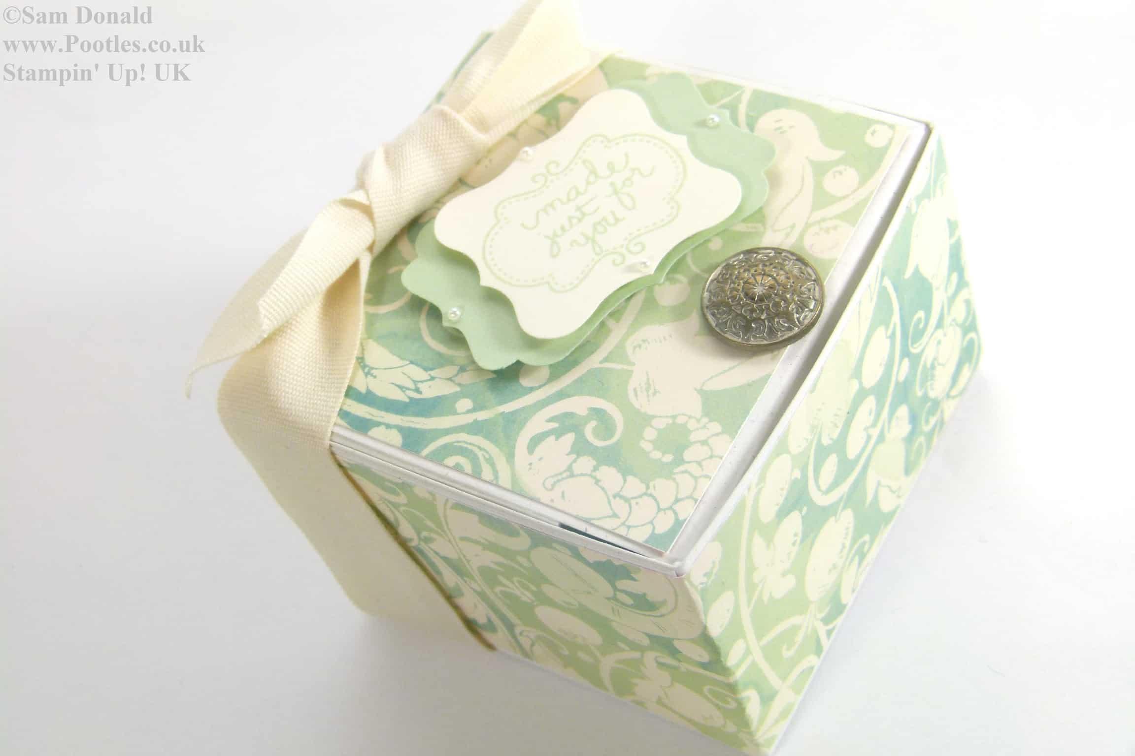 POOTLES Stampin Up Hinged Gift Box Tutorial 3