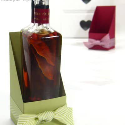 Open Topped Bottle Box – Chevron Ribbon Showcase