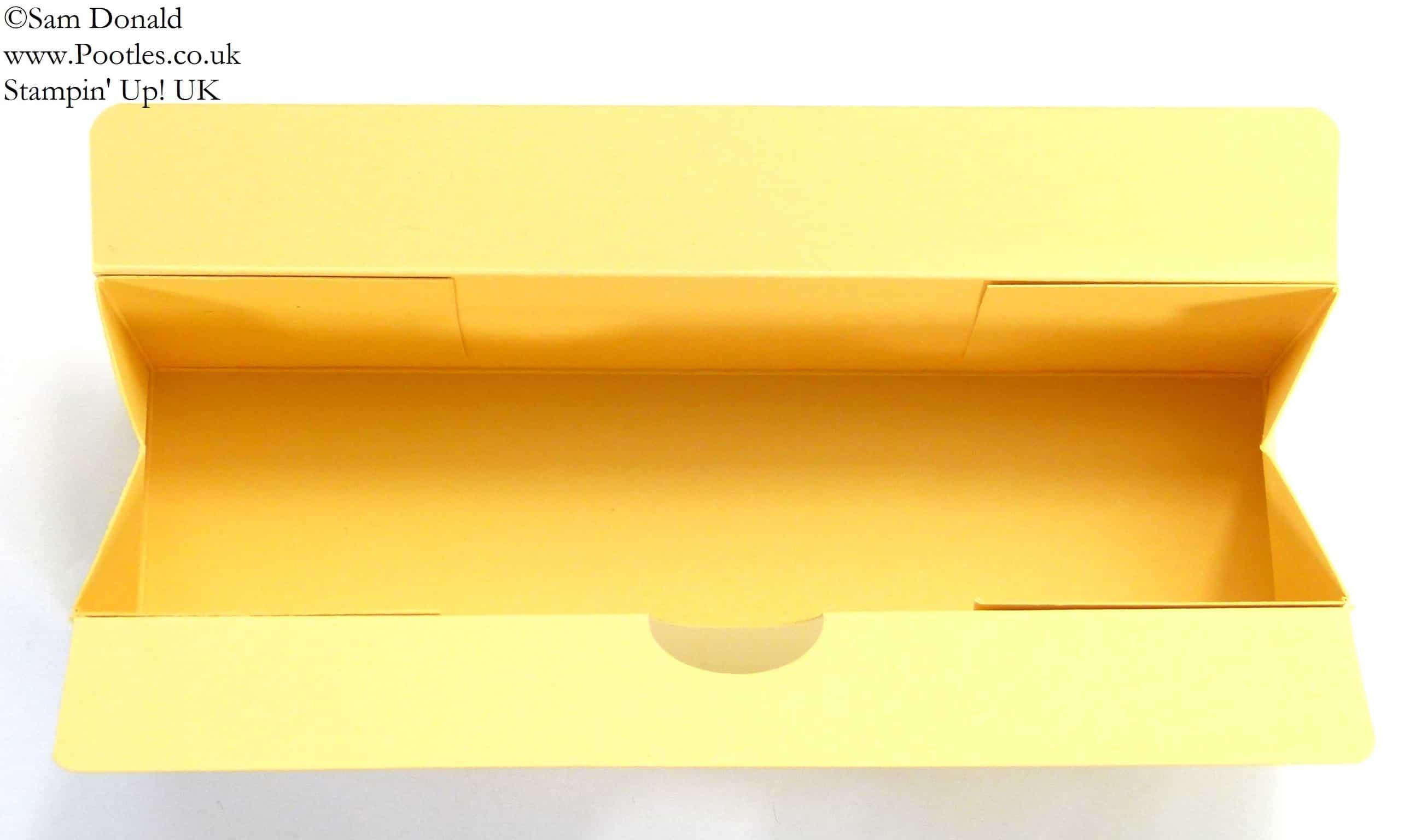 POOTLES Stampin' Up! UK 7inch (18cm)Triangular Box Tutorial