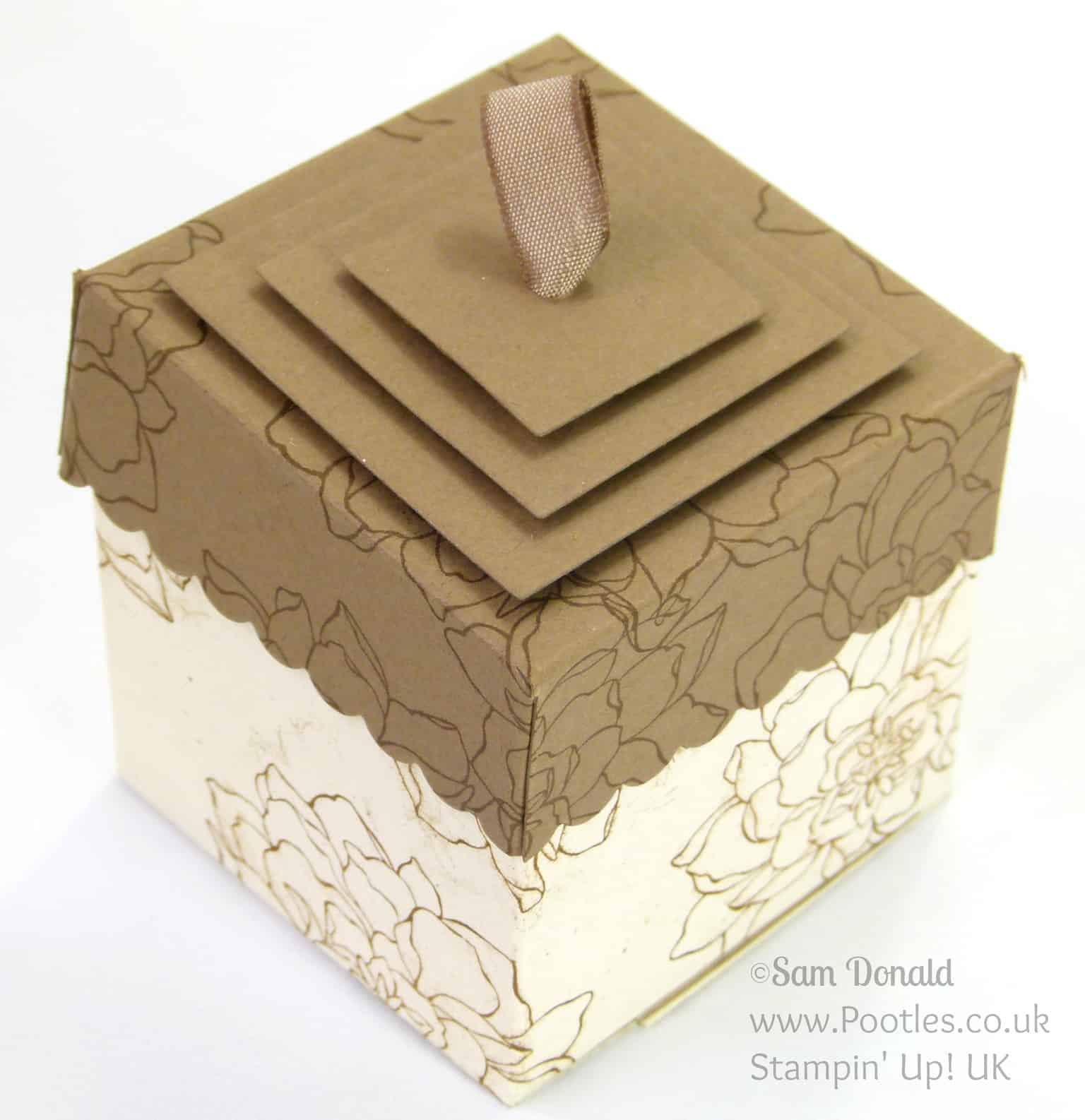POOTLES Stampin' Up! UK Lidded Box Tutorial using ©Stampin' Up! Squares Framelits Lid Detail