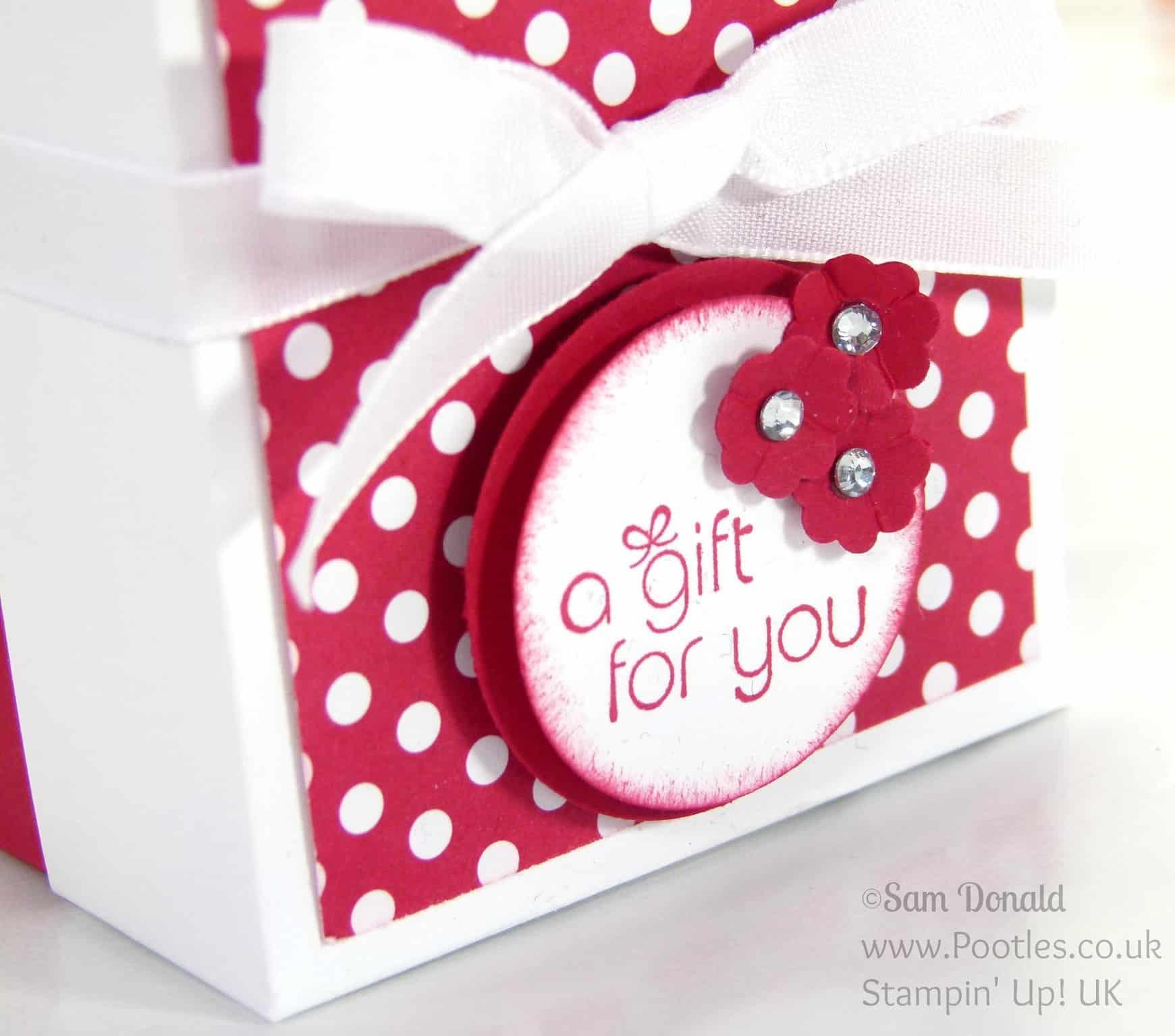 POOTLES Stampin' Up! UK The Spotty Box +Bonus Customer Gift Stamping Detail