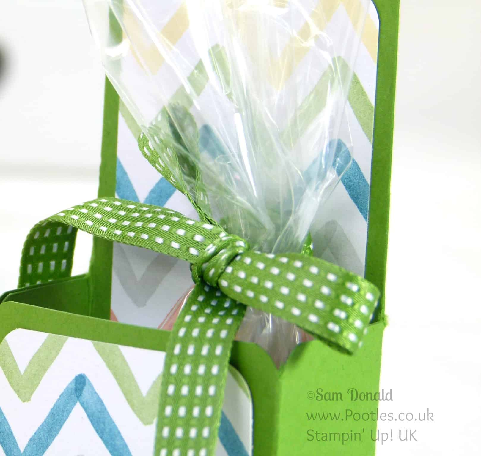 Stampin' Up! UK Upstanding Treat Box Ribbon Detail