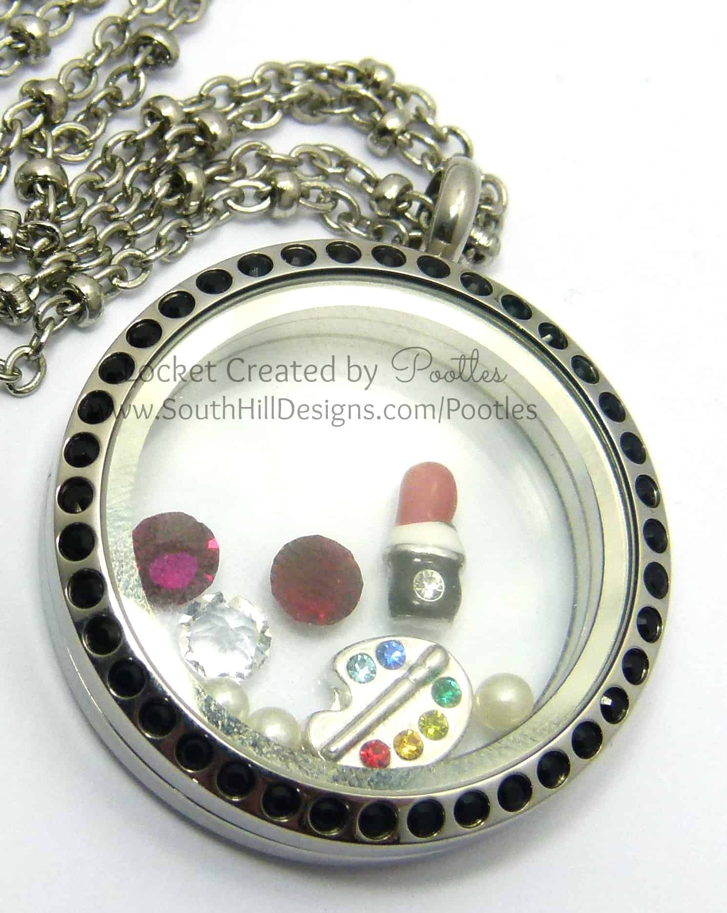 Makeup Artist's Locket from South Hill Designs Pootles High Detail