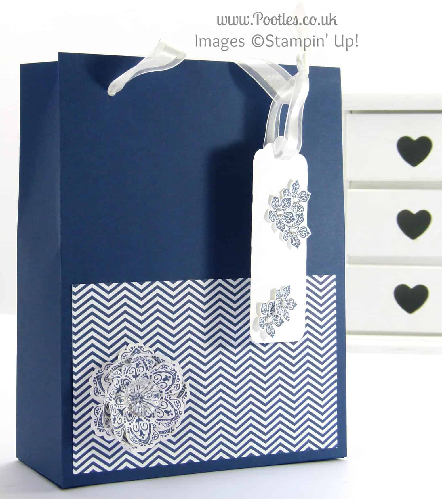 Stampin' Up! UK Demonstrator Pootles - Extra Massive Bag Box Tutorial Night of Navy