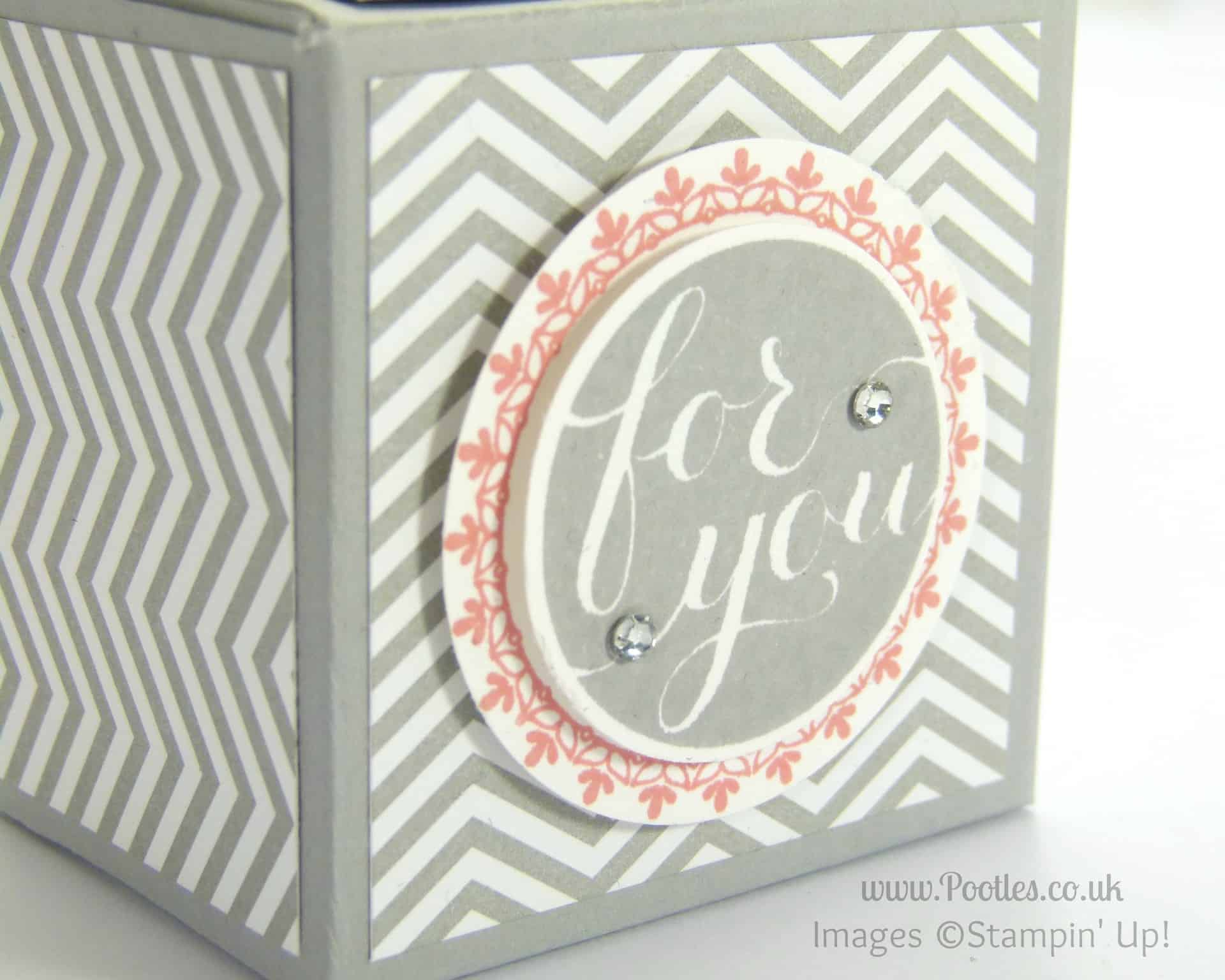 Stampin' Up! UK Demonstrator Pootles - Pillow Gifts (Double Giant Tea Light Treat Box) stamped detail