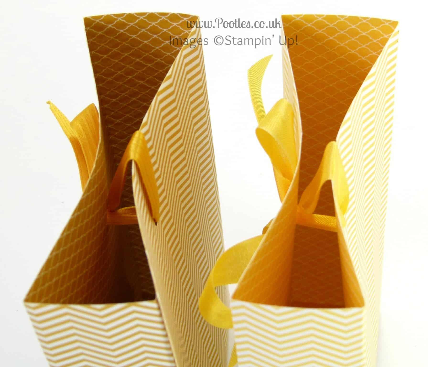 Stampin' Up! UK Demonstrator Pootles - Bee Happy Bag Tutorial close detail
