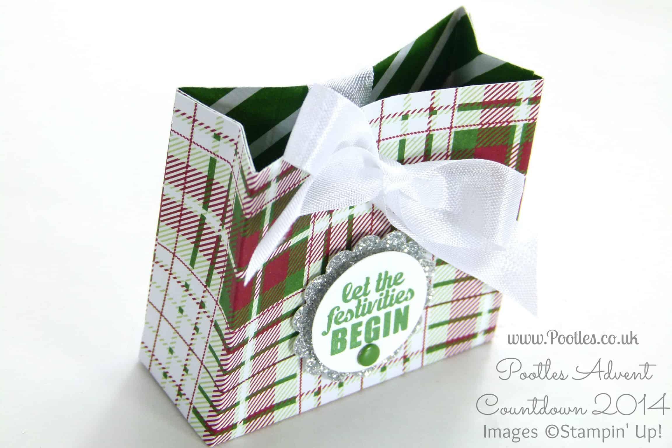 Pootles Advent Countdown #11 Trim the Tree Bag Tutorial