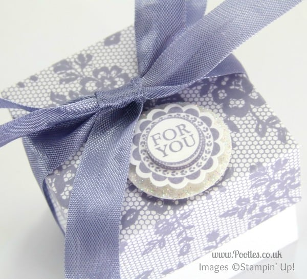 Stampin' Up! UK Demonstrator Pootles - 2 (5cm) Cube Box Tutorial using Stampin' Up! UK I Love Lace Lid Detail