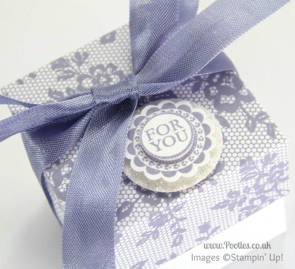 Stampin' Up! UK Demonstrator Pootles - 2 (5cm) Cube Box Tutorial using Stampin' Up! UK I Love Lace Lid Detail