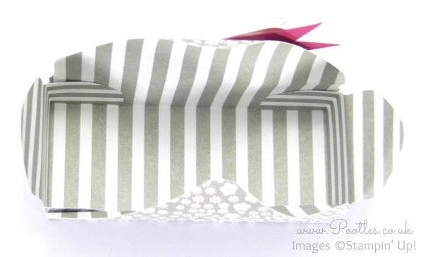Stampin' Up! Demonstrator Pootles - Envelope Punch Board Floral Box Tutorial Open