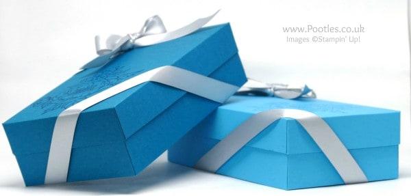 Stampin' Up! Demonstrator Pootles - Extra Large Lidded Box Using Birthday Blooms Island Indigo, Tempting Turquoise