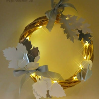 Pootles Advent Countdown 2016 #24 Leaflets Illuminated Wreath